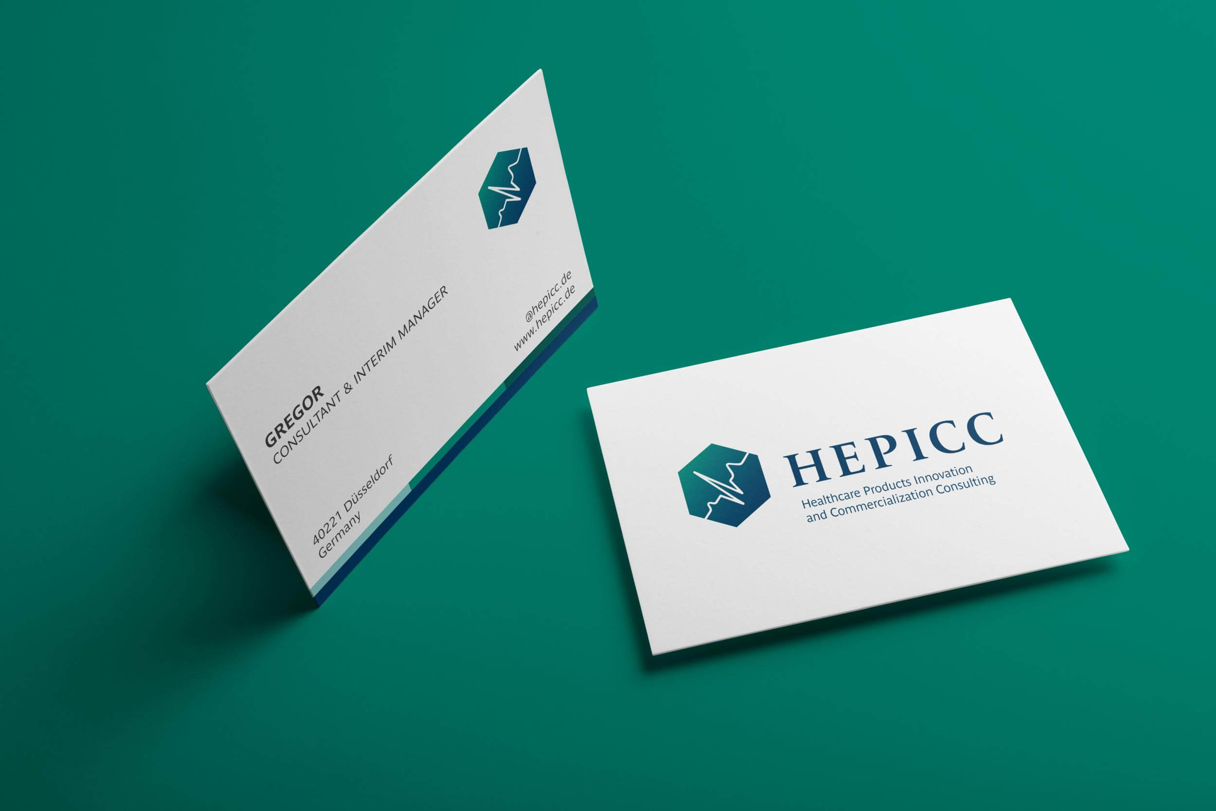 //www.invenzio.pl/wp-content/uploads/2019/02/HEPICC-business-cards.jpg